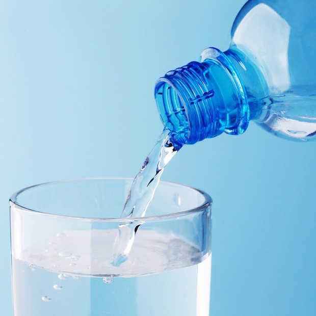 Water drinken helpt niet tegen een kater