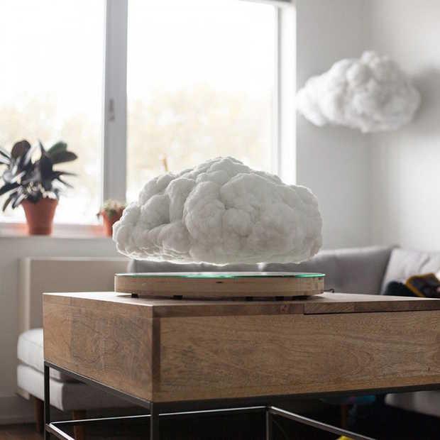 Deze zwevende wolk 'Making Weather' is een speaker en lamp in één!