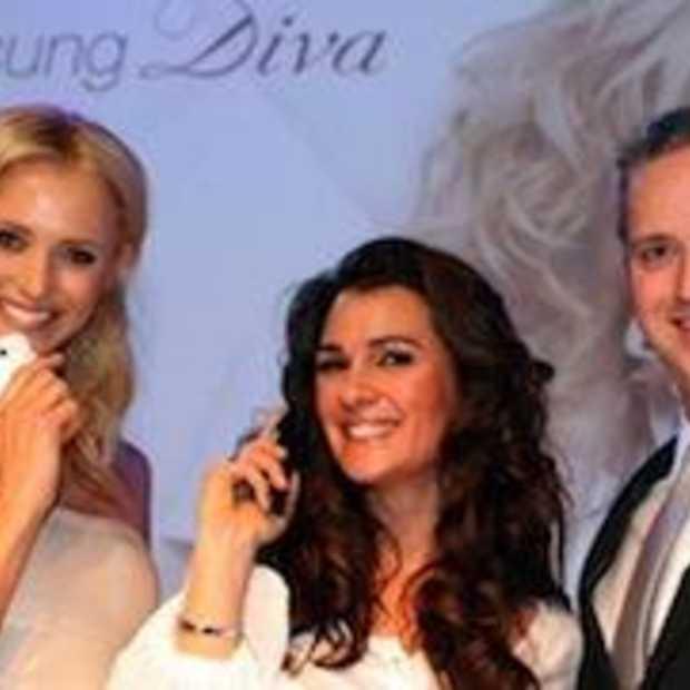Yfke Sturm lanceert Samsung Diva Ladyphone